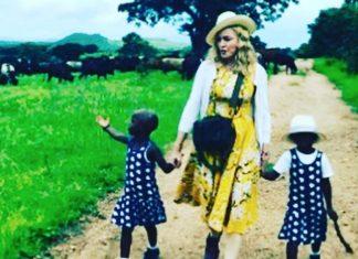Madonna Adopta a dos niñas
