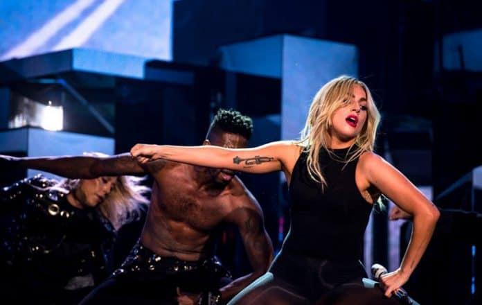 Lady Gaga presentó su nuevo sencillo