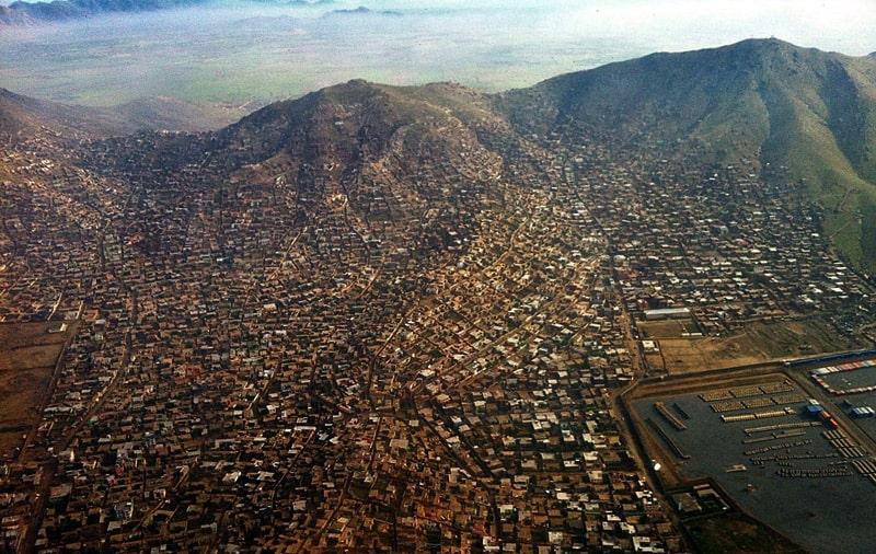 Gobierno afgano confirma 90 muertos y 463 heridos tras atentado en Kabul