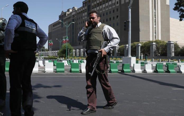 Doble ataque terrorista en Teherán