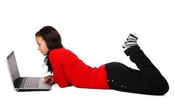 Jóvenes utilizan más el Internet