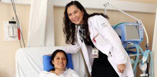 Mujer cirujana trasplante de corazón en México