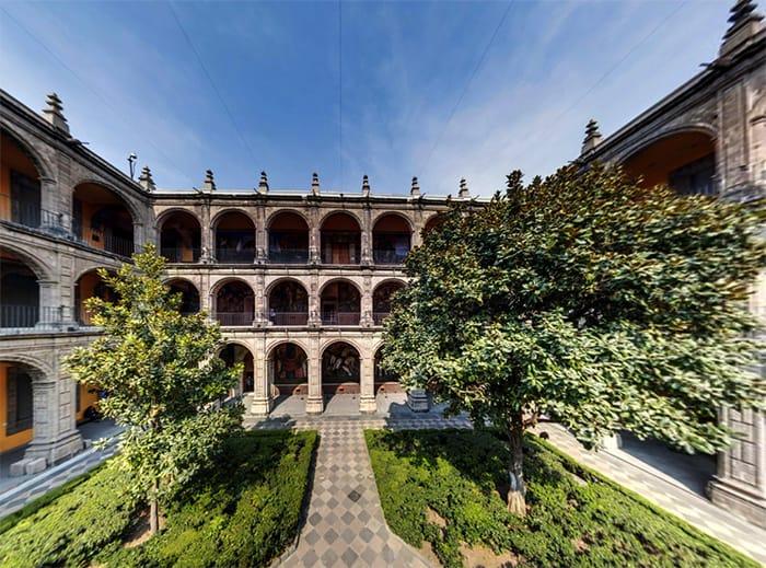 Antiguo Colegio de San Ildefonso 25 años