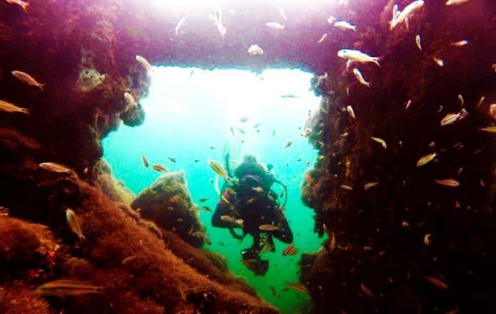 Arqueólogos del INAH localizan embarcaciones del siglo 18