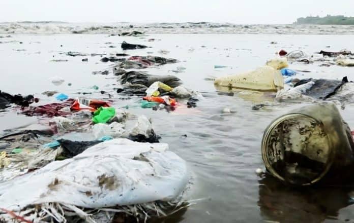 Mares Limpios de la ONU Medio Ambiente