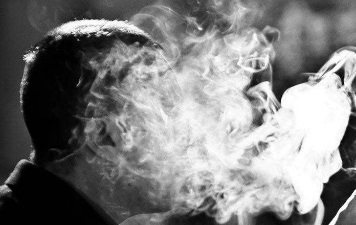 Cigarrillo electrónico ocasiona daños en el aparato cardiorrespiratorio