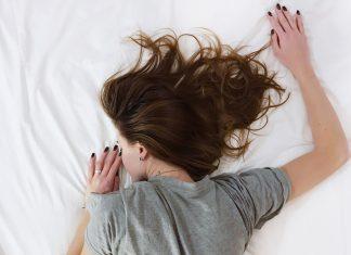 desvelarse y dormir poco problemas de salud