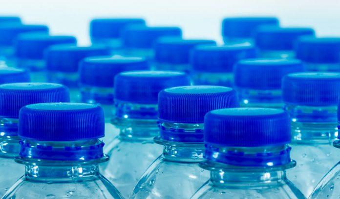 Investigadoras de la UNAM logran degradar el plástico con una enzima