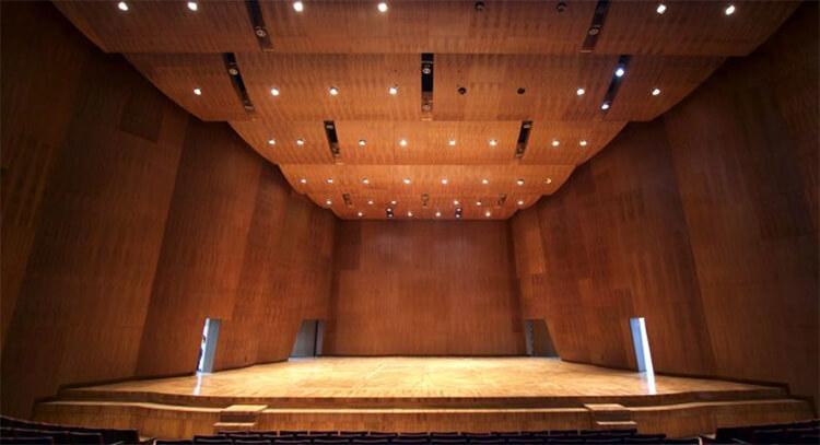 Tributo a Dolores O´Riordan por la Orquesta Filarmónica de Rock
